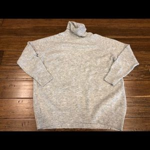 Gray H&M sweater size M
